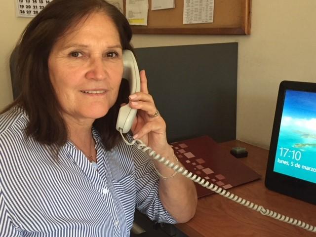 """Margarita, telefonista de Fono Paréntesis: """"El sólo hecho de escuchar ya es una ayuda"""""""